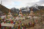 Chortens atop 14,931-foot Kunzum La